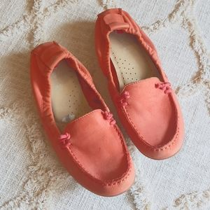 Hush puppies coral loafers